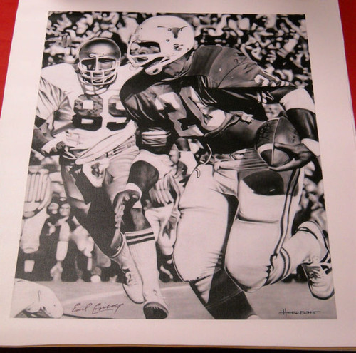 EARL CAMPBELL AUTOGRAPHED TEXAS LONGHORNS 24X30 CANVAS B&W AASH HEISMAN OILERS