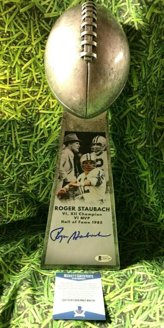 ROGER STAUBACH AUTOGRAPHED LOMBARDI STYLE TROPHY DALLAS COWBOYS BECKETT WB47161
