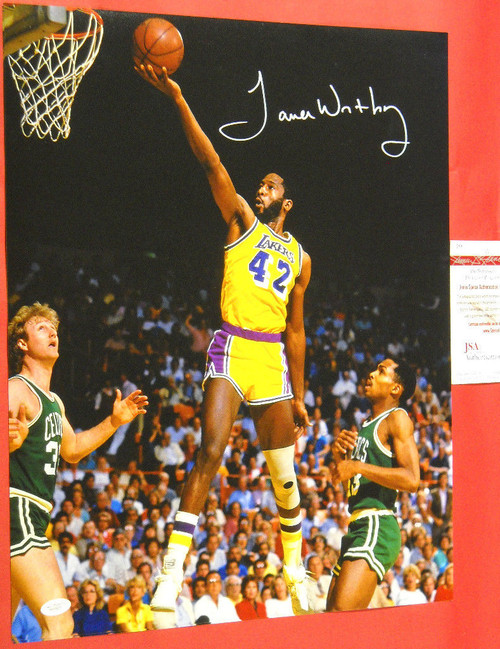 JAMES WORTHY AUTOGRAPHED LOS ANGELES LAKERS 16X20 PHOTO JSA