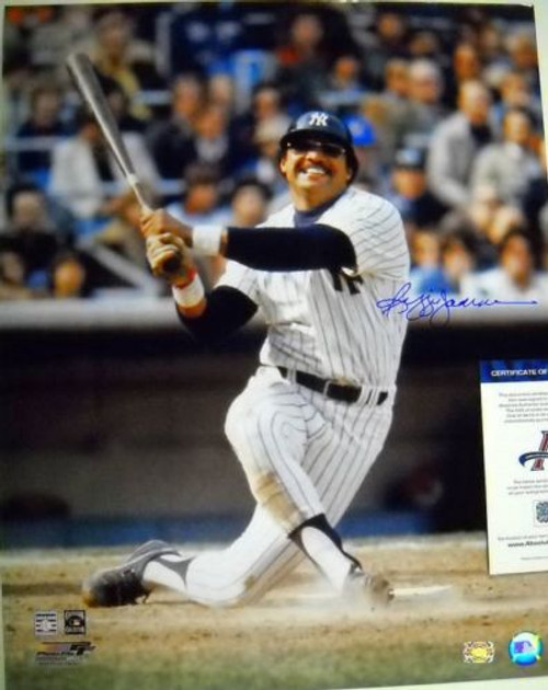 REGGIE JACKSON NEW YORK YANKEES AUTOGRAPHED 16X20 PHOTO AASH MR OCTOBER