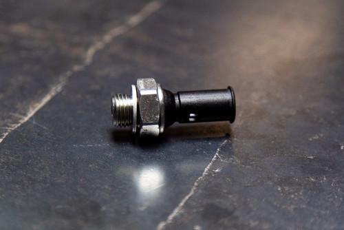 Oil pressure sensor Focus, Mondeo XR5 & RSmk2