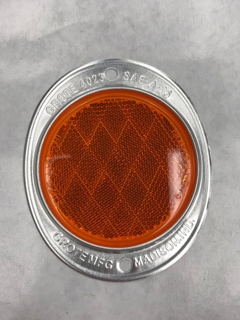 grote-40233-amber-4-bolt-on-reflector-4