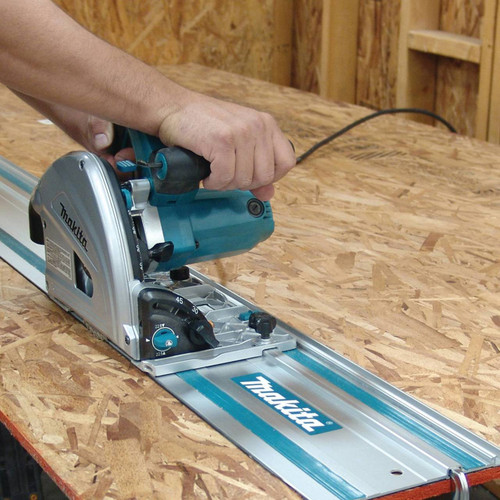 """6-1/2"""" Plunge Circular Saw, with Stackable Tool Case"""