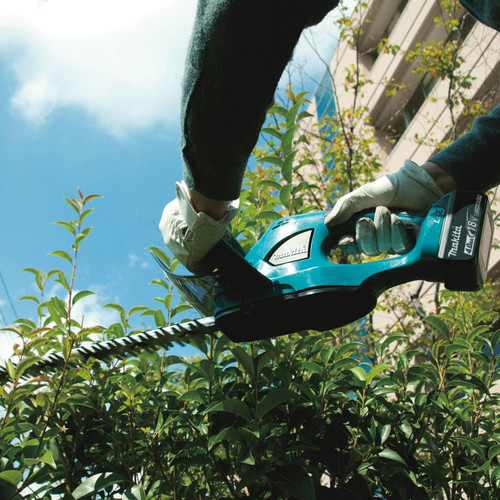 """18V X2 (36V) LXT Lithium-Ion Cordless 25-1/2"""" Hedge Trimmer, Tool Only"""