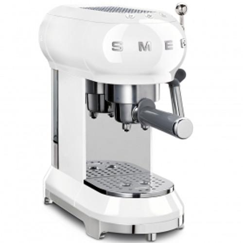 SMEG WHITE RETRO STYLE ESPRESSO COFFEE MACHINE - ECF01WHAU