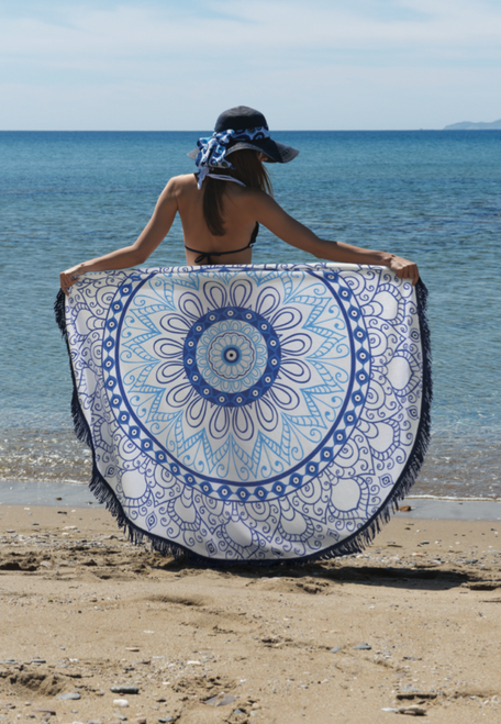 Beach Towel Round with Blue Eyes
