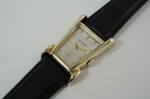 LeCoultre Aristocrat 10k gold filled dates 1951 vintage original minty case pre owned for sale houston fabsuisse