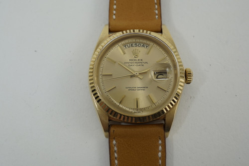 Rolex 1803 Day Date President 18k yellow gold c. 1968 vintage original non lume dial and hands pre owned for sale houston fabsuisse