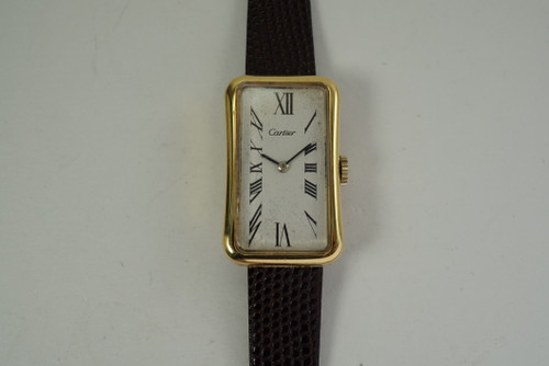 Universal Geneve Ladies Wristwatch retailed by Cartier 18k daes 1960's vintage pre owned for sale houston fabsuisse