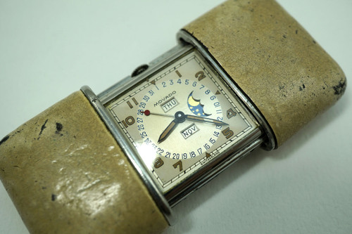 Movado Ermeto calendar moonphase original dial dates 1940's vintage for sale houston fabsuisse