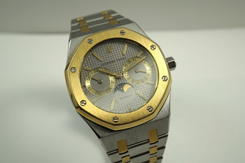 Audemars Piguet 255945SA.00 Royal Oak stainless steel & 18k yellow gold day, Date, & moon phase dates 1990's for sale houston fabsuisse