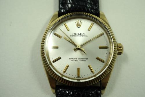 ROLEX 1002 SOLID 14K CHRONOMETER AUTOMATIC DATES 1981