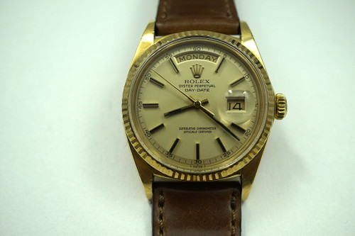 Rolex 1803 Day Date 18k yellow gold automatic dates 1968 mint automatic pre-owned for sale houston fabsuisse