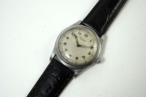 Universal Geneve Military Style Watch stainless steel sweep second 1940's vintage pre owned for sale houston fabsuisse