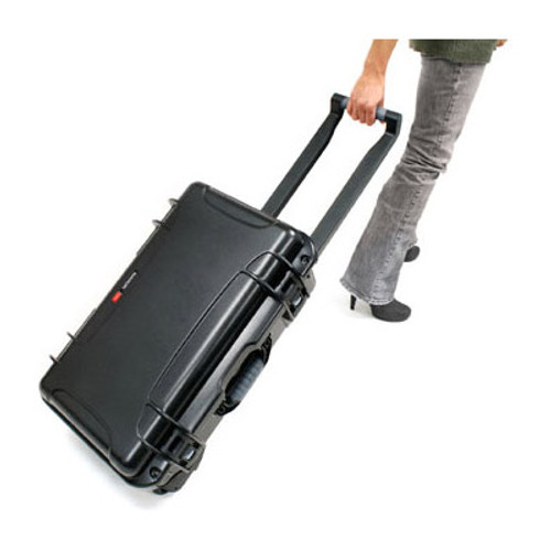 Nanuk 935 Case with Retractable Handle & Wheels (Black)