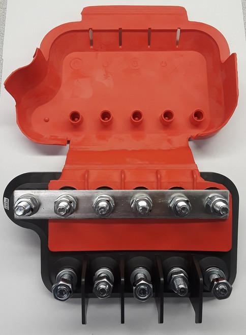LMG5-1-001 Eaton Bussmann, big block, power distribution module, 5 fuses, amg fuse holder, bolt in fuse holder, stud terminals
