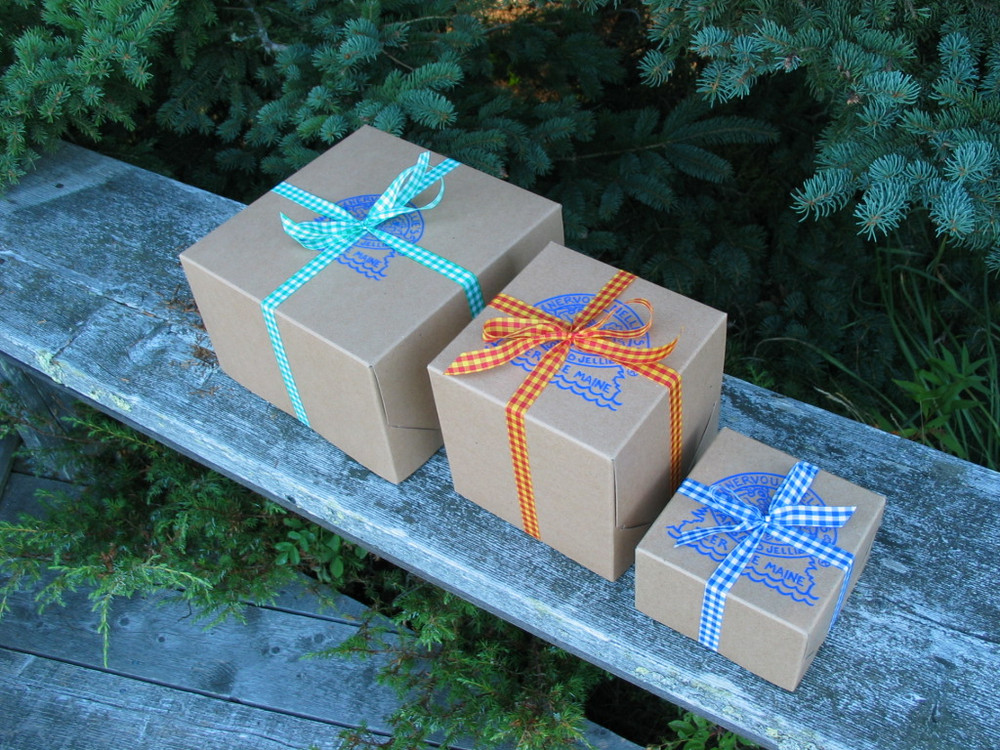Four sizes of gift boxes--we'll fill with whatever you choose (and can still get the lid on!)