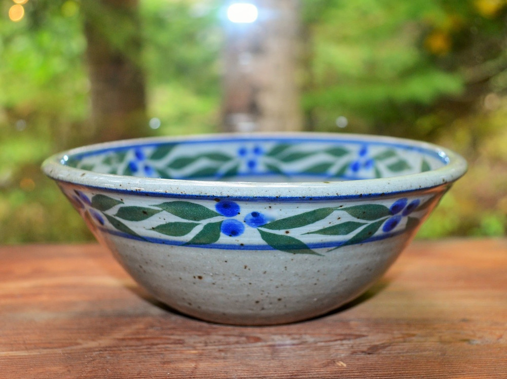 Cereal Bowl in Speckled Grey with Blueberry Trim