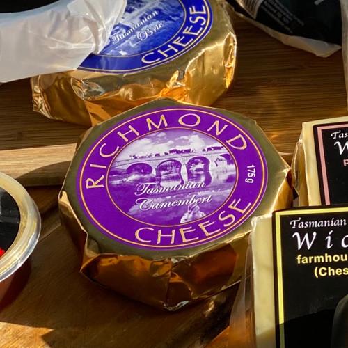 Richmond Camembert 175g (BATCH 2441)
