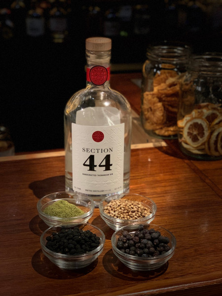 Pattex Distillery Section 44 Gin 700ml