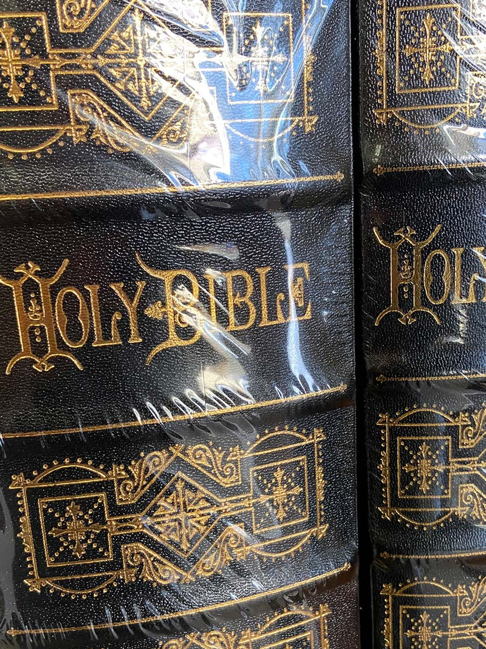 "Easton Press ""The Holy Bible"" Gustave Doré,  Leather Bound Deluxe Collector's Edition, 2-Vol. Matched Set  Limited Edition of 800 [Sealed]"