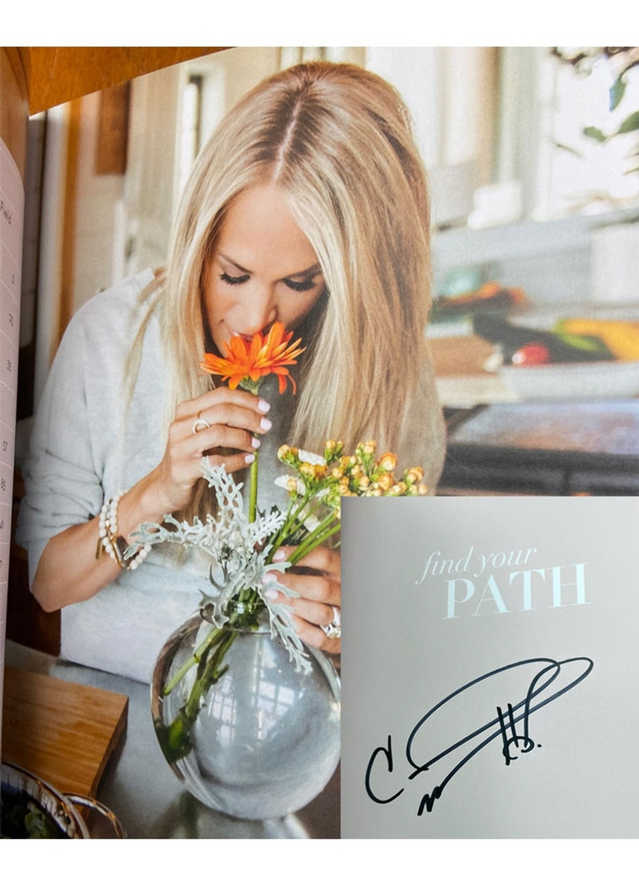 """Carrie Underwood """"Find Your Path"""" Signed First Edition, Limited Slipcased w/COA of only 25  (Sealed)"""