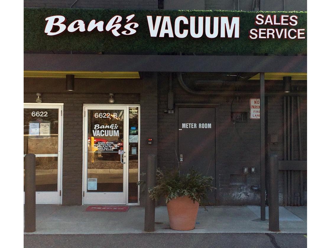 Bank's Vacuum - Bloomfield Hills