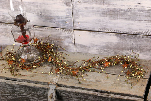 """60"""" Olive & Ivory Pip Berry & Rusty Star Garland"""