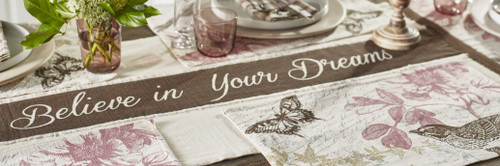 Cottage Grove Table Runner