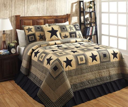 California King Colonial Star Black And Tan Quilt Set - 3 Piece