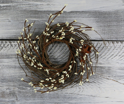 "Pip Berry & Rusty Star Wreath/Candle Ring, 16"" - Ivory"