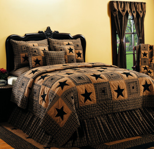 Vintage Star Black Queen Quilt