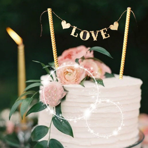 Cake Topper Love Bunting - Gold