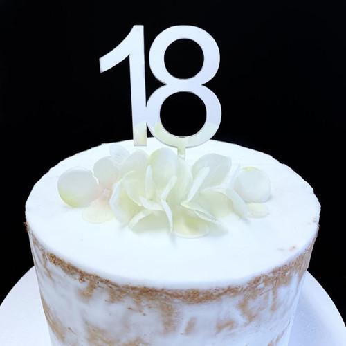 Cake Topper '18' 7cm - SILVER
