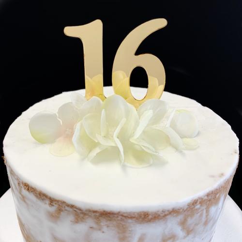 Acrylic Cake Topper '16' 7cm - GOLD