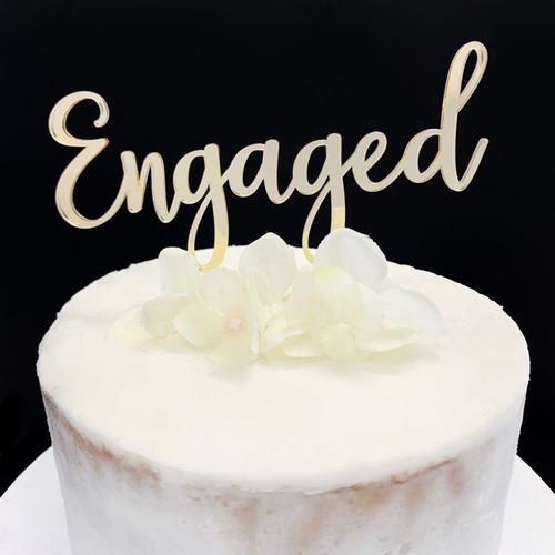 Acrylic Cake Topper 'Engaged' - GOLD