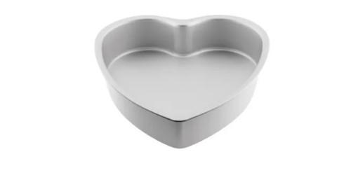 "Cake Tin 8"" x 3"" - HEART"