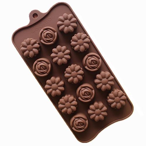 Roses & Daisy 15 Cavity Chocolate Mold