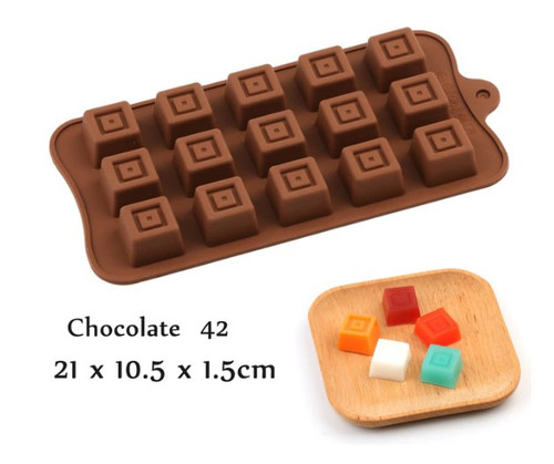 Patterned Square 15 Cavity Chocolate Mold