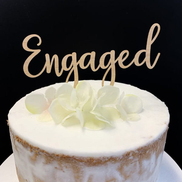Cake Topper 'ENGAGED' (Fancy) - BAMBOO