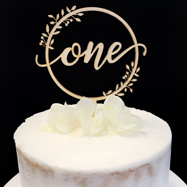 """Cake Topper Round Wreath """"One"""" - TIMBER"""