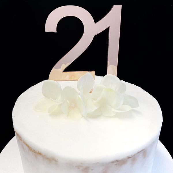 Acrylic Cake Topper '21' 8.5cm - Rose Gold