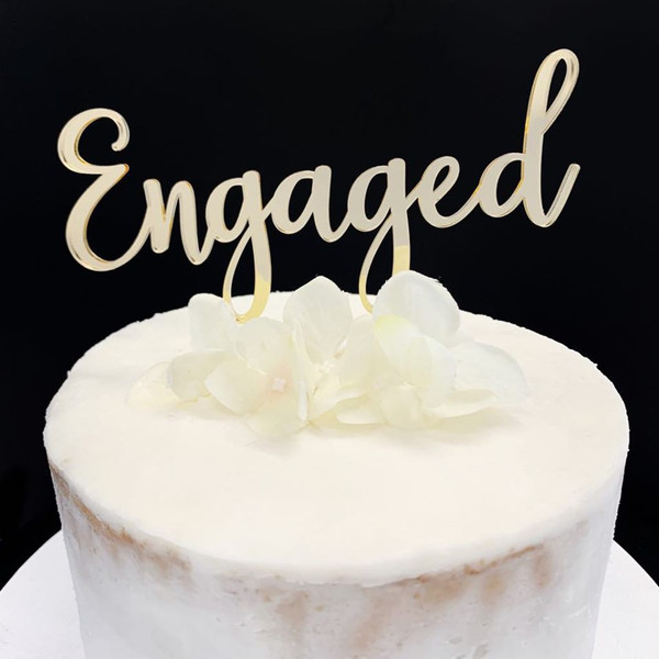 Acrylic Cake Topper 'Engaged' - GOLD