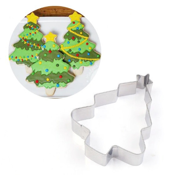 Classic Christmas Tree Tin Plate Cutter