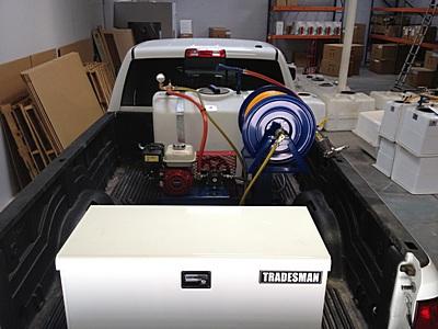 100-gallon-sprayer-fit-in-truck-8ft1.jpg