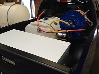 50-gallon-electric-sprayer5ft4.jpg
