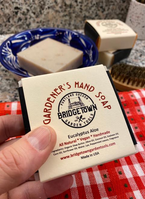Gardener's Hand Soap - Eucalyptus Aloe