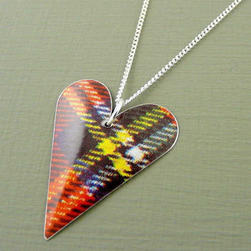 Tartan Medium Slim Heart Necklace