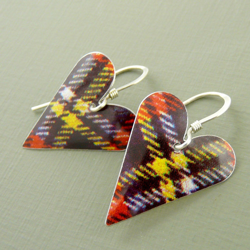 Tartan Medium Heart Earrings