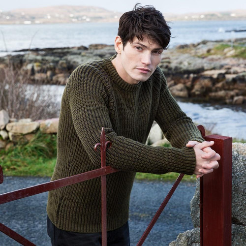 Fisherman out of Ireland | Ribbed Crew Neck Sweater - Olive